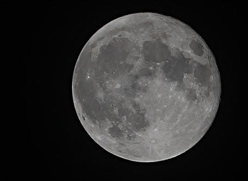 Nếu bỏ lỡ siêu trăng nảy bạn phải chờ đến 18 năm nữa.