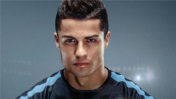 """Không chỉ thành công trên sân cỏ, Ronaldo còn rất """"mát tay"""" với kinh doanh và làm đại diện thương hiệu."""