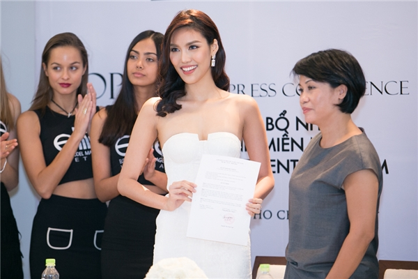 Nữ HLV The Face được bổ nhiệm vị trí Giám đốc điều hành của một công ty người mẫu có tiếng tại Việt Nam.