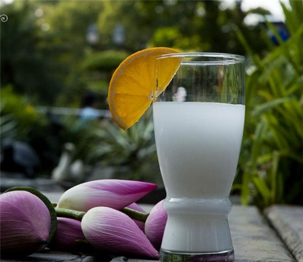 Để có làn da đẹp, uống ngay 2 cốc nước này mỗi ngày