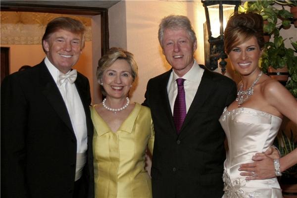 Bữa tiệc cưới của Trump và Melania Knauss có khoảng 350 khách mời trong đó có cả vợ chồng Hillary Clinton.
