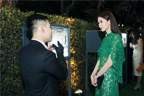 """Ngẩn ngơ trước vẻ đẹp """"không góc chết"""" của hoa hậu Đặng Thu Thảo"""