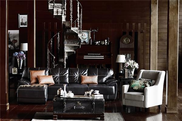 Để khẳng định đẳng cấp sống, bạn hãy sử dụng sofa da/giả da có màu đen, nâu hoặc đỏ đậm.