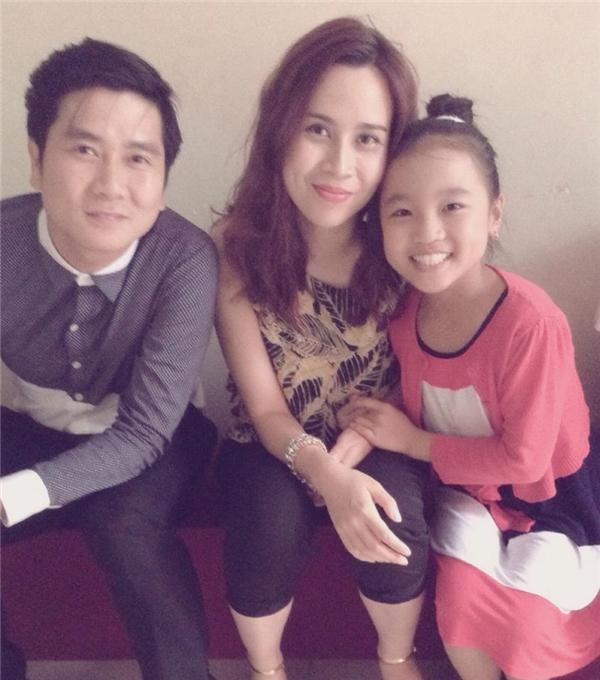 Ngày tham gia cuộc thiGiọng hát Việt nhí,cô bé thuộc đội huấn luyện viênHồ Hoài Anh - Lưu Hương Giang.(Ảnh: Internet)