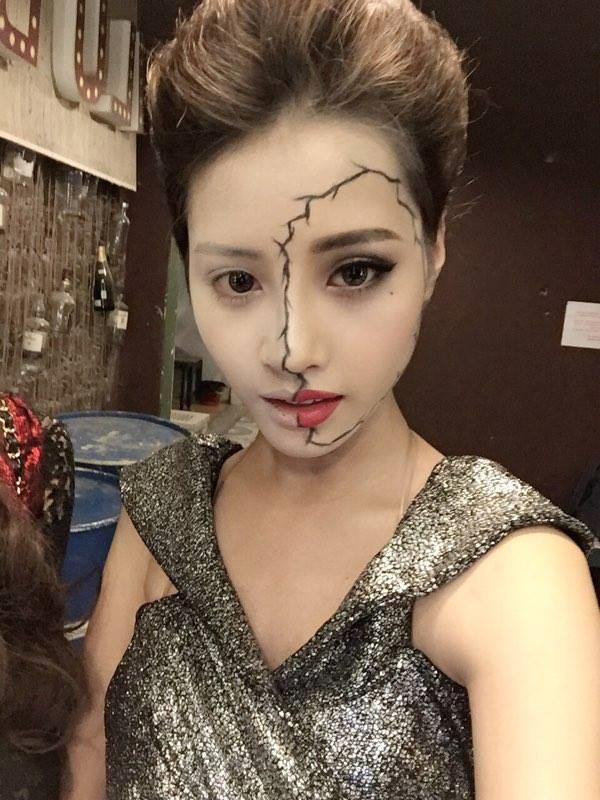 Quỳnh Anh còn là một người mẫu.