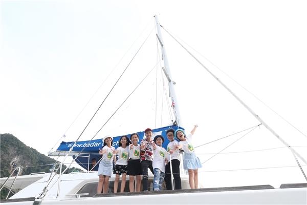 Cả ê-kíp đã trải qua khoảng thời gian nghỉ ngơi thú vị trên du thuyền 5 sao để đến với Hong Island - Tọa lạc tại vịnh Phang Nga. - Tin sao Viet - Tin tuc sao Viet - Scandal sao Viet - Tin tuc cua Sao - Tin cua Sao