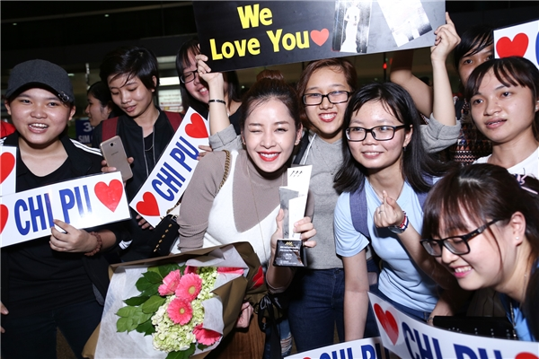 Cộng đồng fan của Chi Pu luôn sát cánh bên cạnh cô để động viên, ủng hộ trong suốt thời gian qua. - Tin sao Viet - Tin tuc sao Viet - Scandal sao Viet - Tin tuc cua Sao - Tin cua Sao