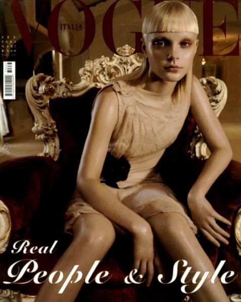 Jessica là gương mặt xuất hiện thường xuyên trên trang bì của tạp chí thời trang Vogue của Anh, Mỹ, Thổ Nhĩ Kỳ, Đức...