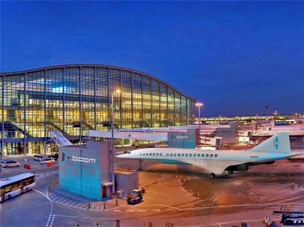 Ảnh mô phỏngmáy bay siêu thanh chở khách Boom Passenger Airliner tại sân bay London Heathrow, Anh. (Ảnh: internet)