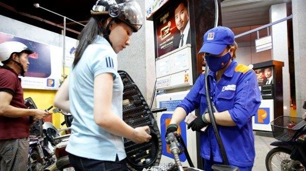 Giữnguyên mức trích lập Quỹbình ổn giá xăng dầu. (Ảnh: internet)