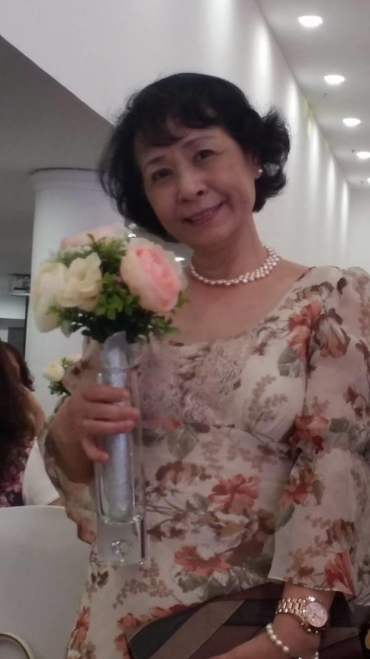 Mẹ Chi Pu còn lập tài khoản mạng xã hội để trò chuyện cùng bạn bè và chia sẻ hình ảnh của gia đình.(Ảnh: FB) - Tin sao Viet - Tin tuc sao Viet - Scandal sao Viet - Tin tuc cua Sao - Tin cua Sao