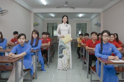 Nếu không làm nghệ thuật, những sao nữ Việt này đã trở thành giáo viên - Tin sao Viet - Tin tuc sao Viet - Scandal sao Viet - Tin tuc cua Sao - Tin cua Sao
