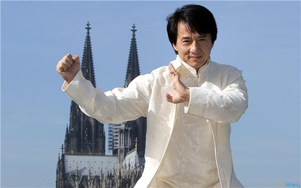 Không chỉ là một ngôi sao hành động nổi tiếng, Thành Long còn là một biểu tượng văn hóa của cả thế giới.
