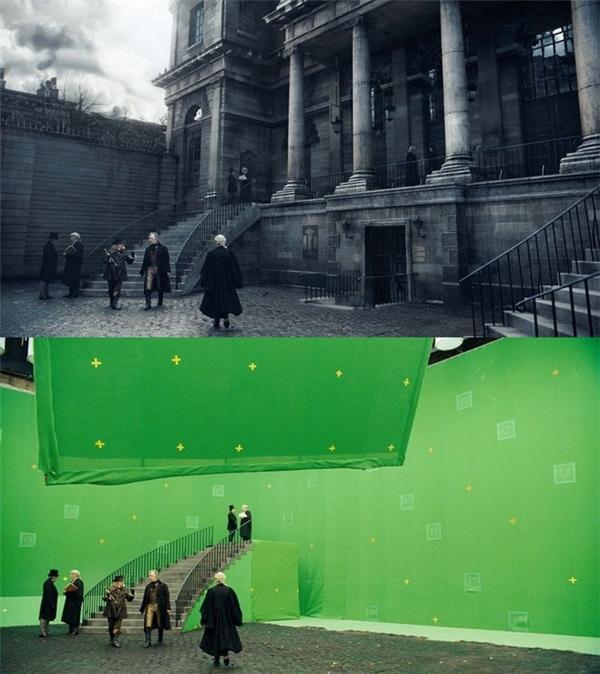 Trong phimSweeney Todd: The Demon Barber of Fleet Streetvào năm 2007, chỉ có chiếc cầu thang được dựng lên, còn lại tòa nhà phía sau được xử lý kỹ xảo hoàn toàn.