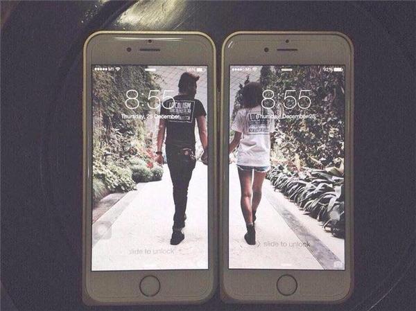 Nắm tay em đi khắp thế gian phiên bản hình nền điện thoại.
