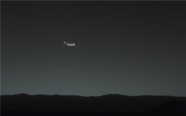 Chúng ta có thể nhìn ngắm Trái đất như cách vẫn nhìn những ngôi sao xa xôi không tên.