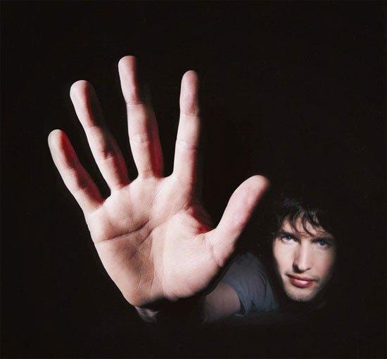 Người có ngón áp út dài hơn ngón trỏ hay nóng nảy, thích khẩu chiến.