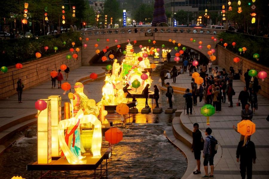 Lễ hội đèn lồng Seoul - Hàn Quốc được tổ chức thường niên kể từ năm 2009.