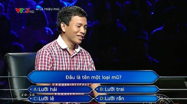 Vượt qua câu hỏi đầu tiên với sự trợ giúp của khán giả trường quay. (Ảnh: Cắt clip)