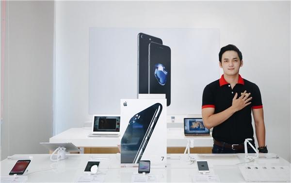 Chọn mua iPhone 7/7 Plus tại FPT Shop ngay hôm nay, bạn sẽ được tài trợ 100% lãi suất trả góp hoặc được tặng gói Bảo hành Vàng: Rơi vỡ, vào nước… vẫn được đổi mới.