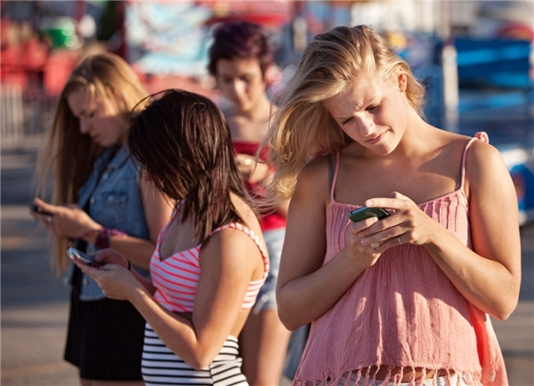 Việc bạn dùng điện thoại gì cũng phản ảnh khárõtính cách của bạn.