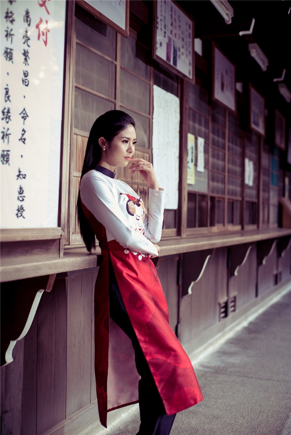 Hoa hậu Ngọc Hân tự tin khoe sắc với quốc phục trên đất Nhật Bản
