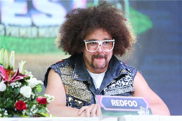 """Vốn là """"ông hoàng tiệc tùng"""" nên Redfoo luôn mang những điều mới lạ đến với khán giả và không ngoại lệ với sân khấu YAN Beatfest 2016, nam ca sĩ hứa hẹn sẽ mang đến những tiết mục thật sự thú vị, bất ngờ. - Tin sao Viet - Tin tuc sao Viet - Scandal sao Viet - Tin tuc cua Sao - Tin cua Sao"""
