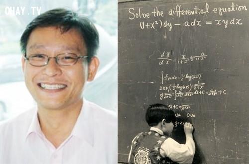 Ông Kim Ung Yong sinh ngày 08.03.1962 ở Hàn Quốc. Ông đã phá vỡ các kỉ lục của sách Guinness bằng chỉ số IQ là 210. Khi chỉ mới 4 tuổi, ông đã có khả năng đọc các ngôn ngữ Hàn quốc, Nhật Bản, tiếng Anh và tiếng Đức. Ông là một sinh viên khách mời môn vật lí ở Đại học Hanyang từ khi 3 tới 6 tuổi. Ở tuổi thứ 7, ông được mời tới Mỹ bởi NASA. Ông đã hoàn thành nghiên cứu bậc đại học, và cuối cùng có được một tấm bằng tiến sĩ về vật lí ở Đại học Bang Colorado trước khi 15 tuổi.