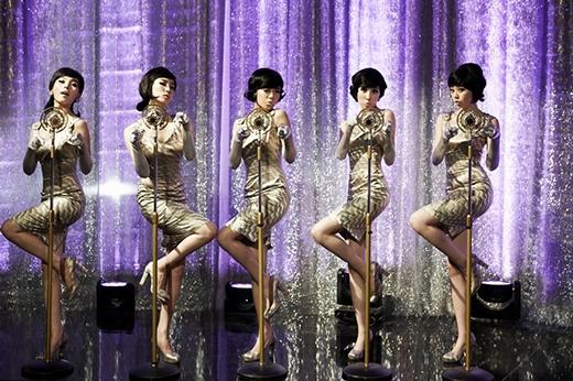 Nhóm từng làm mưa làm gió trên các bảng xếp hạng với ca khúc Nobody. Họ đã giành được 2 giải Daesang nhờ ca khúc này.