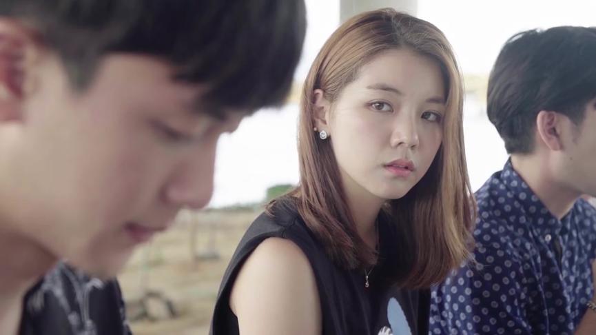 Da Hee chấp nhận cho Mari ở cùng nhóm mình.