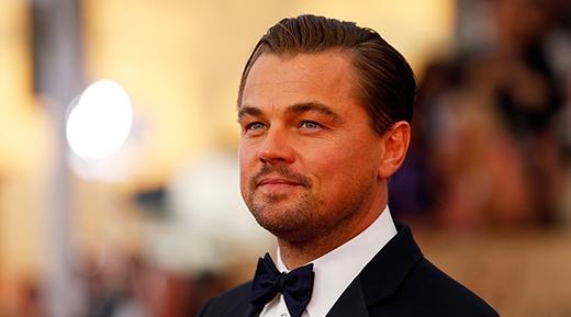 """Leonardo DiCaprio - """"đại boss""""sản xuất phim và sở hữu đế chế khổng lồ về phim ảnh. Anh vừa là chủ nhân danh giá của tượng vàng Oscar năm 2016 sau nhiều năm được đề cử."""