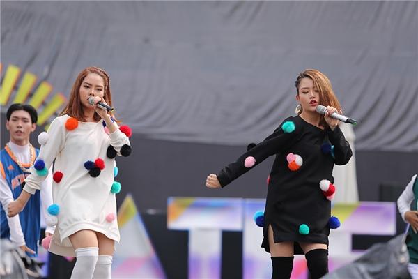 """Với ca khúc thứ hai mang tên Drama, nhóm The Twins khiến các fan """"đứng ngồi không yên"""". - Tin sao Viet - Tin tuc sao Viet - Scandal sao Viet - Tin tuc cua Sao - Tin cua Sao"""
