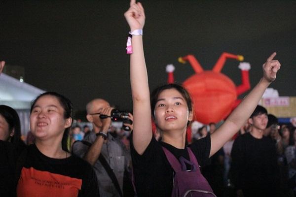 Giới trẻ Sài thành đã quẩy tung nóc lễ hội YAN Beatfest như thế đấy!