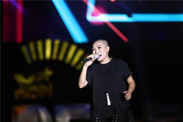 Tái ngộ YAN Beatfest, Phương Thanh xúc động với sự cổ vũ của khán giả - Tin sao Viet - Tin tuc sao Viet - Scandal sao Viet - Tin tuc cua Sao - Tin cua Sao
