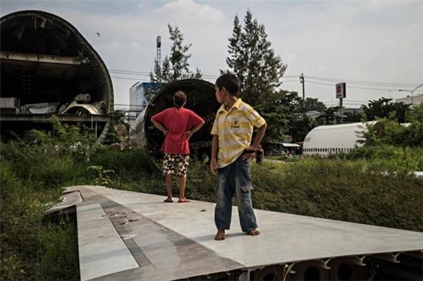 Những căn nhà xác máy bay kì lạ của người nghèo ở Bangkok