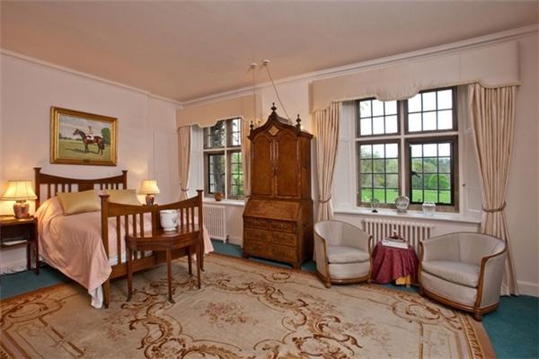 Đây chắc hẳn là phòng của cô út Harper Seven.