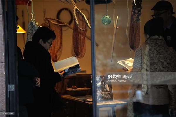 Hiệu sách đặc biệt bậc nhất thế giới, bày bán chỉ vỏn vẹn một quyển sách tại một thời điểm nhất định.(Ảnh: Getty Images)