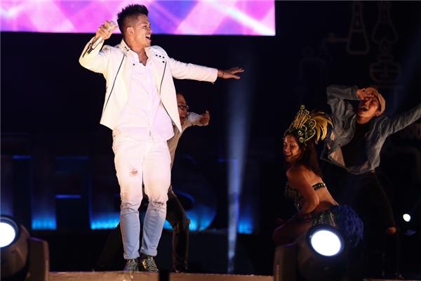 Quán quân Vietnam Idol 2015 - Trọng Hiếu mang đến chương trình bản hit mới của anh - ca khúc Say Ah. - Tin sao Viet - Tin tuc sao Viet - Scandal sao Viet - Tin tuc cua Sao - Tin cua Sao