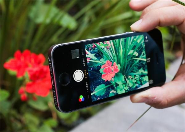 iPhone 8 có thể sẽ được trang bị camera chụp ảnh 3D. (Ảnh: internet)
