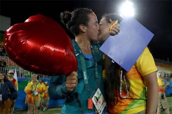 Cặp đôi đã nhận được lời chúc phúc từ hàng nghìn người.(Ảnh: Internet)
