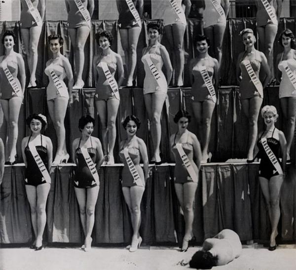 Hoa hậu New Zealand ngất xỉu ngay giữa cuộc thi Hoa hậu Hoàn vũ năm 1954.