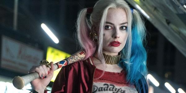 Trong bộ phim bom tấnSuicide Squad (Biệt đội cảm tử), Harley Quinn lànữ ác nhân khó quên nhất đối vớikhán giả.Margot Robbiechính là nữ diên viên đã diễnvai Harley, điểm sáng lớn nhất trongphimSuicide Squad. Không chỉ điên loạn, cô nàng còn tàn nhẫn vô cùng, tuy nhiên Harley - người tình của trùm ác Joker lạichính là người đã cứu giúp cả nhóm Suicide Squad. Với khả năng diễn xuất chuyên nghiệp, nhiều fan hâm mộ hy vọngMargot Robbiesẽ tiếp tục góp mặt trong các dự án siêu anh hùng tiếp theo của nhà DC.