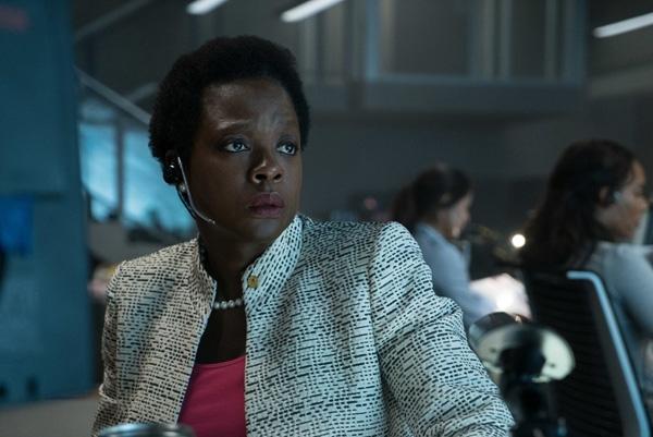 Trong bộ phim ăn khách của nhà DC - Suicide Squad (Biệt đội cảm tử), nhân vậtAmanda Waller doViola Davisthủ vai là người đứng đầu cơ quan an ninh ARGUS, người phụ nữ có trái tim sắt đá đã lập nên Biệt đội cảm tử.Để đạt được mục đích của mình, Amanda hầu như không từ bất cứ một thủ đoạn nào, dù điều đócó lạnh lùng và tàn ác đến mức độ nào.