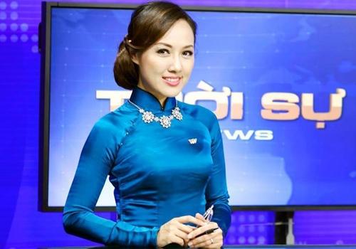 """Suốt 8 năm qua, Hoài Anh vẫn là khuôn mặt được nhiều khán giả Việt yêu thích của bản tin thời sự """"giờ vàng""""VTV."""