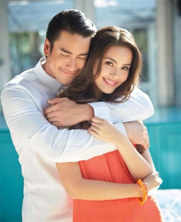 Nadech - Yaya được xem là cặp đôi sao Tháiđược yêu thích nhất nhì ở Việt Nam.