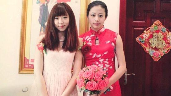 YivàOu vui vẻ trong ngày Ou cưới.(Ảnh:Ou Xiaobai)