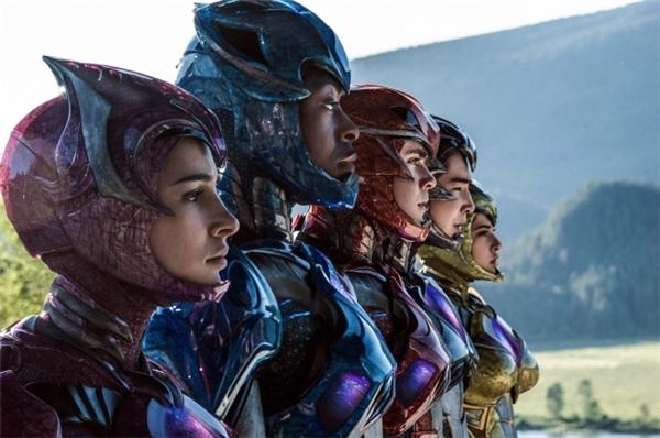 """Những hình ảnh trong phim """"5 anh em siêu nhân"""" bản điện ảnh."""