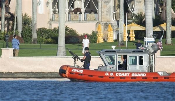 Ngoài ông Donald Trump, bà Melania và cậu út Barron, các thành viên khác trong gia đình Trump cũng được bảo vệ cẩn thận.