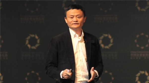 Chi khủng 145.000 USD để có ngoại hình giống hệt tỷ phú Jack Ma