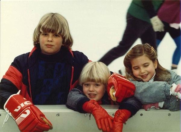 Khi những đứa con nhà Trump dần trưởng thành, cả nhà ít có cơ hội đi chơi xa, thay vào đó họ thường tổ chức nhiều kì nghỉ gần nơi sinh sống. Cả ba thành viên nhỏ đều rất thíchtrượt băng tại trung tâm Rockefeller, New York, Mỹ.
